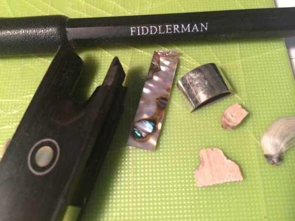 Fiddlerman-Carbon-Fiber-Bow-Frog-1.jpg