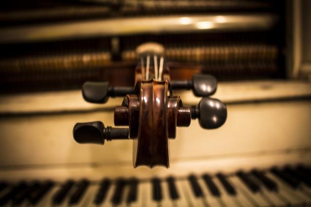 web-Concert-Violin4.jpg