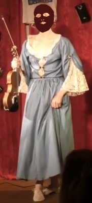 Demoiselle-avec-violon.jpg