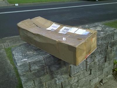 Rejseviolinet-cardboard-box_004.jpg