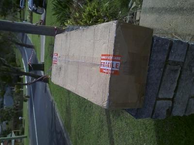 Rejseviolinet-cardboard-box_006.jpg