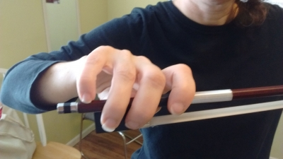 bow_hold_example.jpg