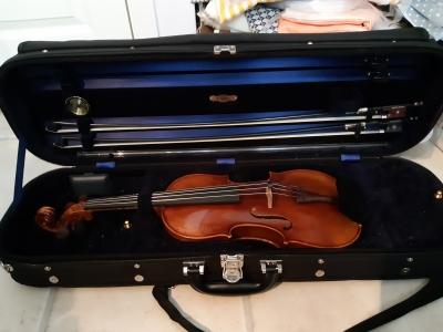 violincase.jpg