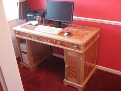 Finished-desk..jpg