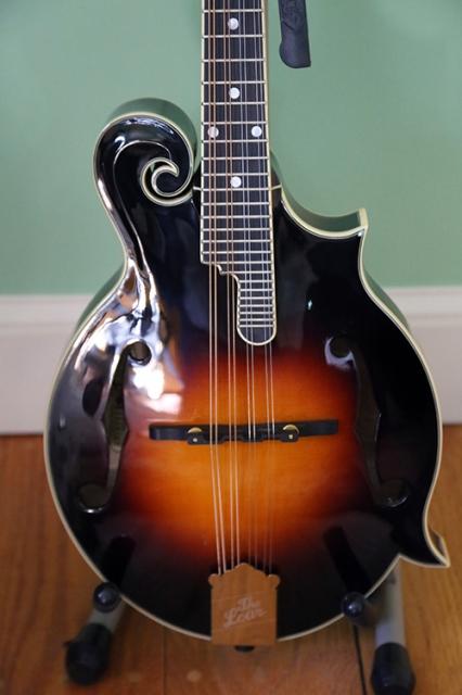 mandolin20131128_110705_500px.jpg
